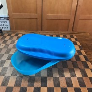 TUPPERWARE SMALL MICROWAVE COOKER